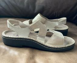Naot Enid Size 37 Baige Gold Leather Sandal